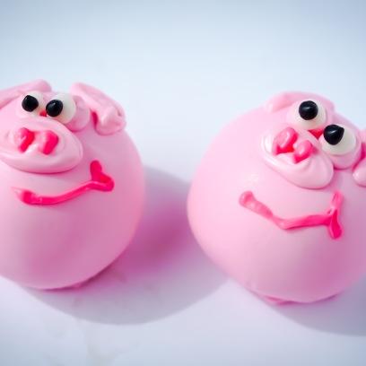 This Little Piggy Cake Balls